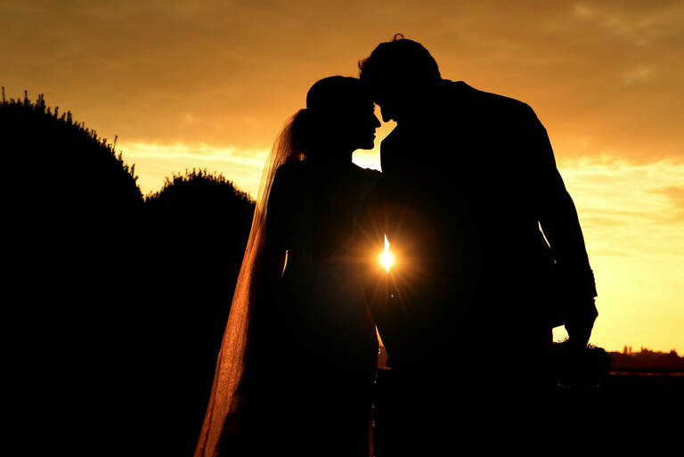 028 Sunset Wedding Picture